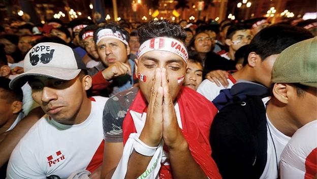 (Vídeo) Munga Munga! Así fue la reacción de peruanos en Lima tras ser eliminados de Rusia 2018 Actual10