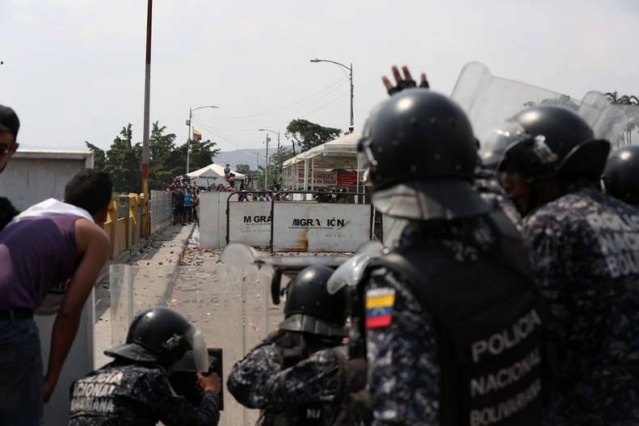 Puente fronterizo Colombia-Venezuela
