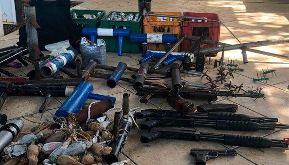 Encuentran un arsenal de armas que opositores en Nicaragua mantenían en una universidad Armas-10