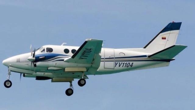 aeronave King 100 siglas YV 1104