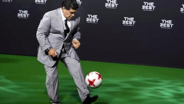 Desmienten que Maradona haya sido expulsado como embajador de la FIFA B1vyqh11