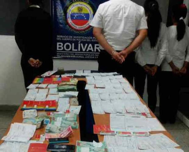 Detienen a cinco empleados del Banco de Venezuela por extraer efectivo de manera ilícita Bdv-3010