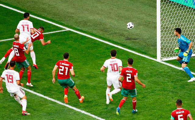 Rusia 2018: Marruecos pierde ante Irán por un autogol al minuto 94 Bouhad10