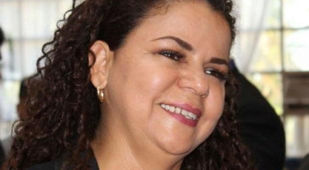 Iris Varela: A pesar del llamado de abstención el pueblo salió y respaldó su derecho al voto Burla-10