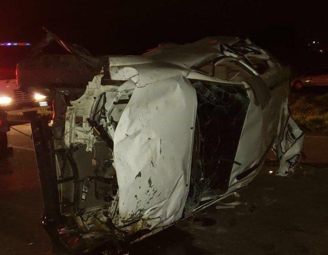 Mueren beisbolistas de Cardenales de Lara, José Castillo y Luis Valbuena, en accidente de tránsito Camion10