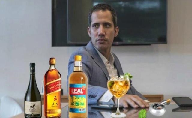 Borracho, Juan Guaidó