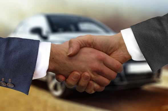 Comprar y alquilar un coche