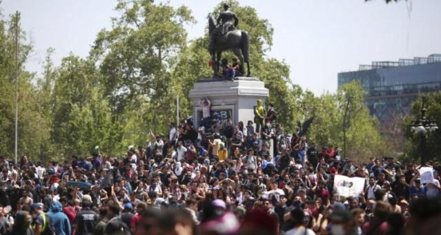 Masivas protestas en Chile contra Piñera