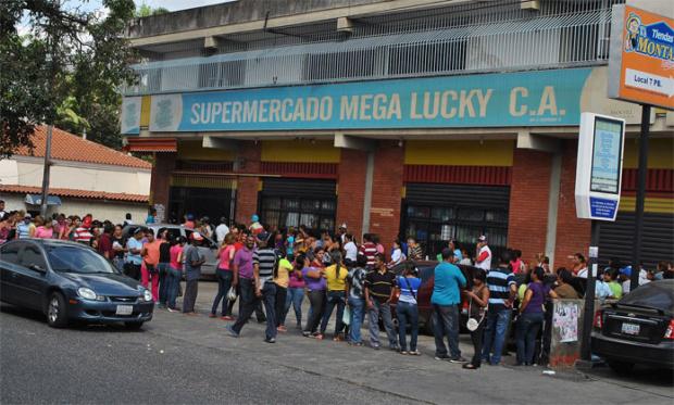 Cola Supermercado Venezuela