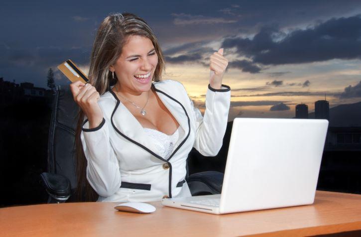 Solicitar un préstamo rápido online, la tabla de salvación a urgencias de dinero Credit13