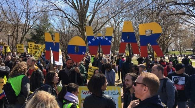 Estadounidenses rechazan en la Casa Blanca acciones injerencistas de Trump contra Venezuela