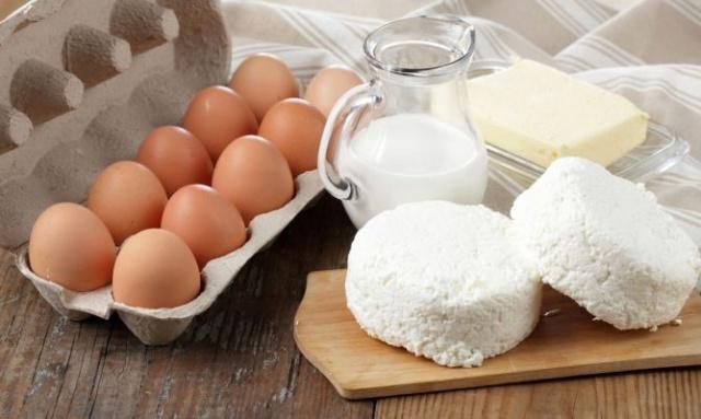 Huevos, Queso