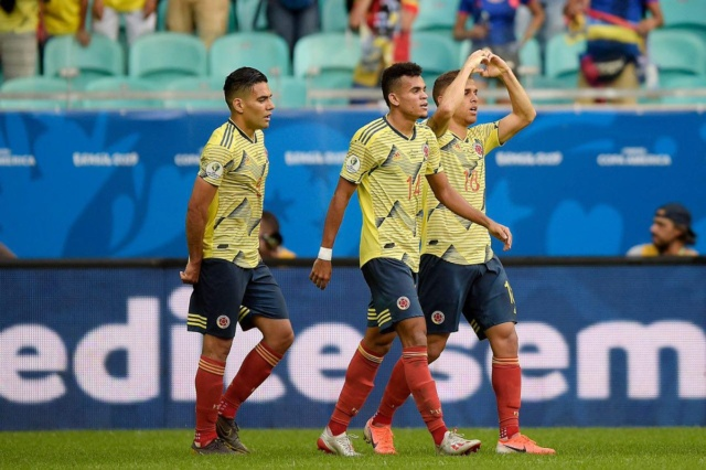 Colombia vence a Paraguay