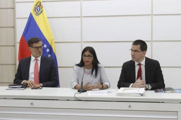 Venezuela denuncia ante Acnur campaña internacional para justificar intervención militar Delcys10