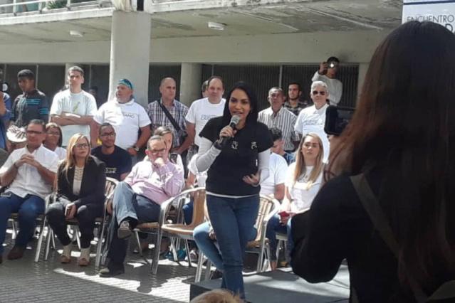 Delsa Solórzano presentó nuevo movimiento político en el cual ella es la única militante Delsa_10