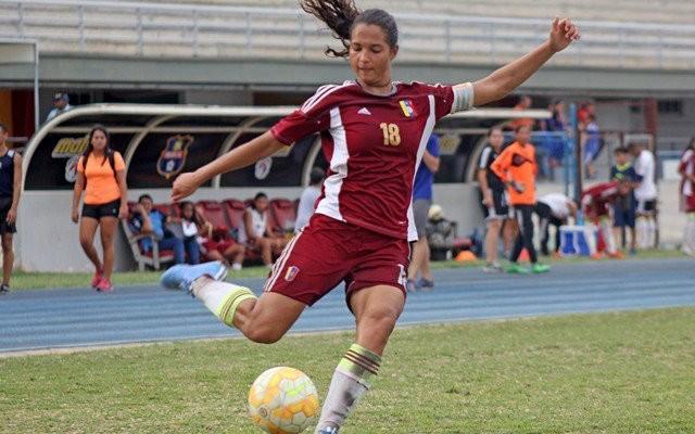 Deyna Castellanos lideró triunfo de Venezuela ante Jamaica en los Centroamericanos Deyna-10