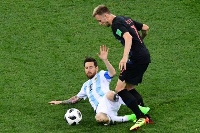 Argentina a un paso de despedirse del Mundial Rusia 2018 al perder 3-0 ante Croacia Dgpbks10