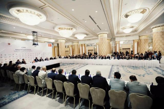 Cerca de 100 empresarios turcos desean mantener intercambio económico con Venezuela Dhw4o110