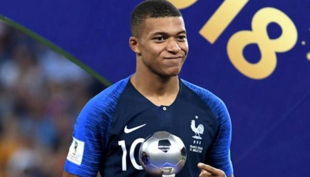 Rusia 2018: Mbappé se convierte en el futbolista más joven en marcar en una final desde Pelé Dikhil10
