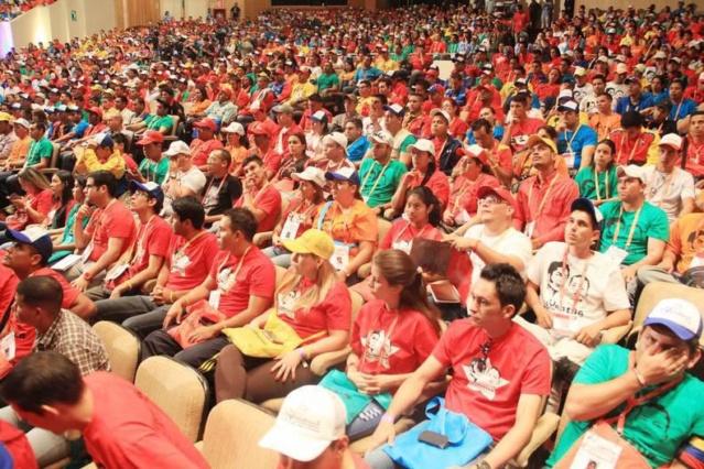 Lucha contra la corrupción y fortalecimiento del diálogo fueron debatidos en plenarias del PSUV Djnl3y11