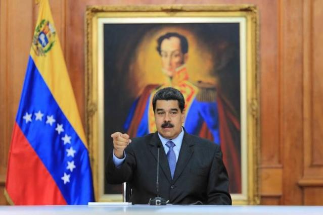 Maduro: Oposición ha intentado torcer bases democráticas Dkcuwi10