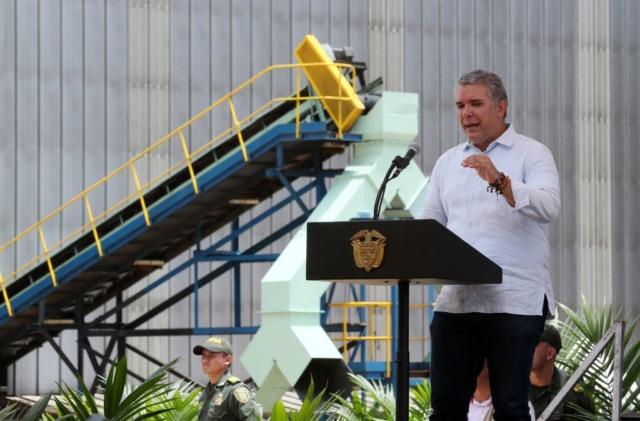Iván Duque retira a Colombia de la UNASUR para cumplir órdenes de Estados Unidos Dksfie10