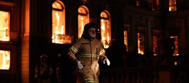 Voraz incendio destruye el Museo Histórico Nacional de Brasil Dmjda710