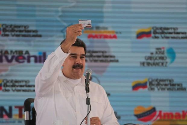 Nicolás Maduro y Carnet de la Patria