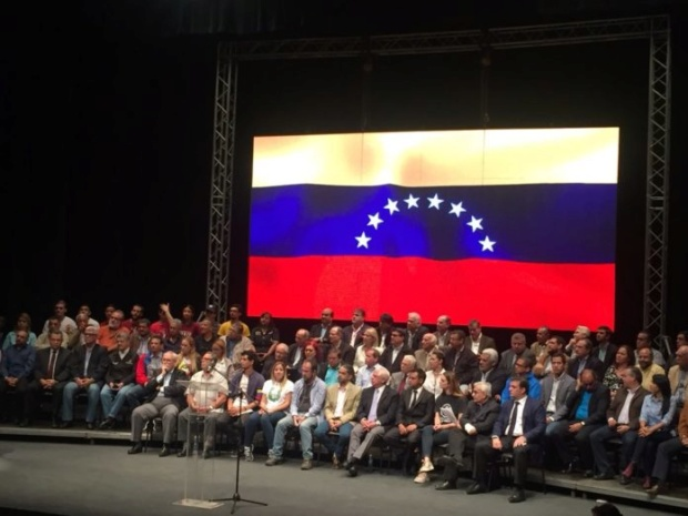 """Conferencia Episcopal de Venezuela criticó Al Frente Amplio de la oposición: """"es un pacto de élites"""" Dxxrr210"""
