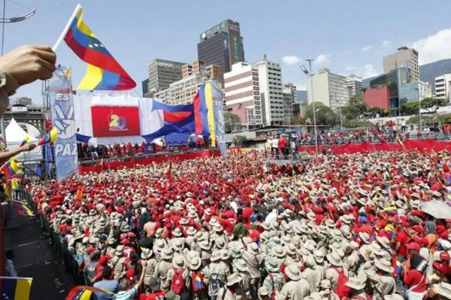Chavistas en apoyo a Maduro