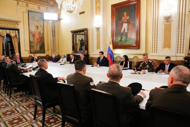 Declaran en sesión permanente Consejo de Defensa y Seguridad de la Nación
