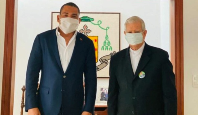 Leocenis García y Jorge Urosa Sabino