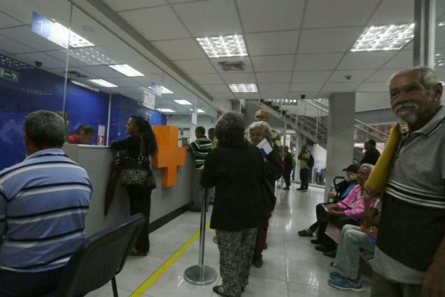 Pensionados cobrarán Bs 4.200.000 mensuales Ension10