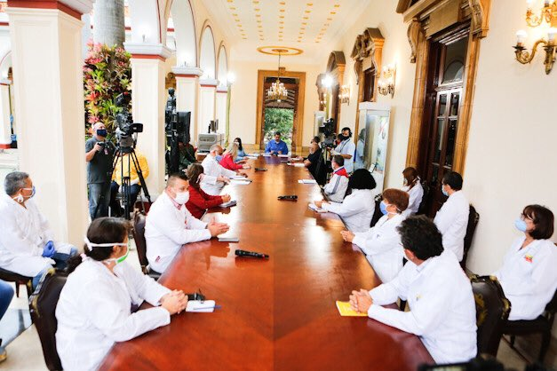 Rueda de prensa del Presidente Maduro