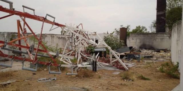 Torres de telefonía destruidas