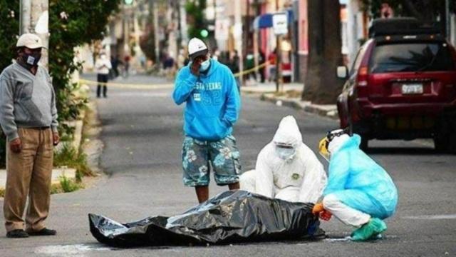 Recogen cadáveres de calles en Bolivia víctimas de coronavirus
