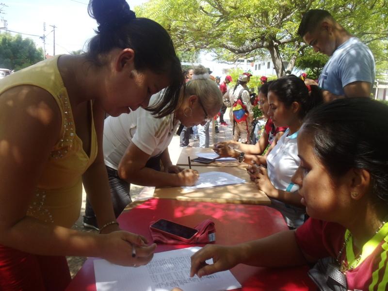 Fosión Machado rechaza bloqueo contra Venezuela y ofrece respaldo al Presidente Maduro y a El Aissami Foto_310