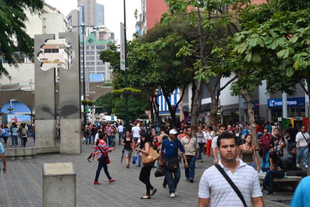 55% de los venezolanos consideran que las medidas económicas de Maduro van en la dirección correcta Gente610