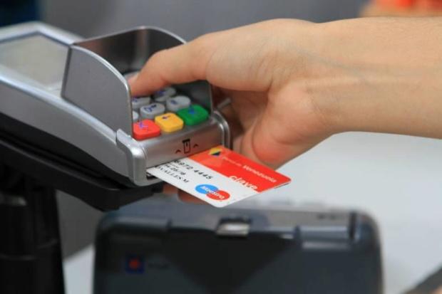 Ya operan de manera normal: Reactivada plataforma electrónica de los bancos Img_1410