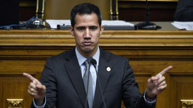 Bufón, payaso, fracasado, ladrón, Juan Guaidó