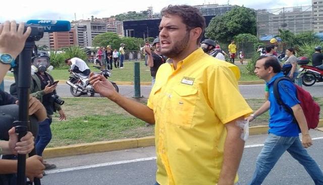 Revelan que el diputado opositor y dirigente de PJ Juan Requesens intentó comprar titulo universitario en la UCV Juan-r10