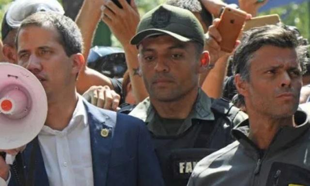 López y su titere Guaidó