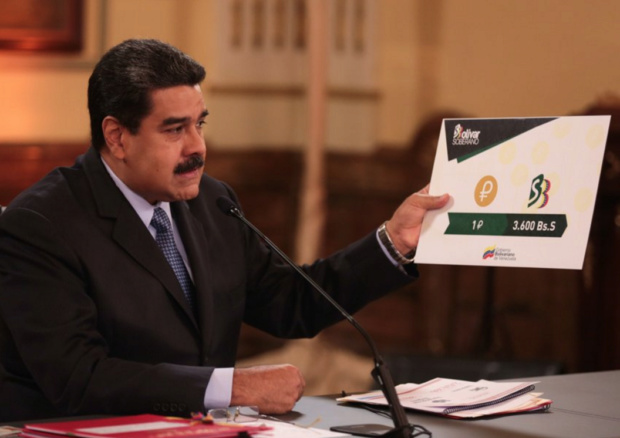 Nuevo salario mínimo aumenta a 1800 bolívares soberanos anclado al Petro Maduro12