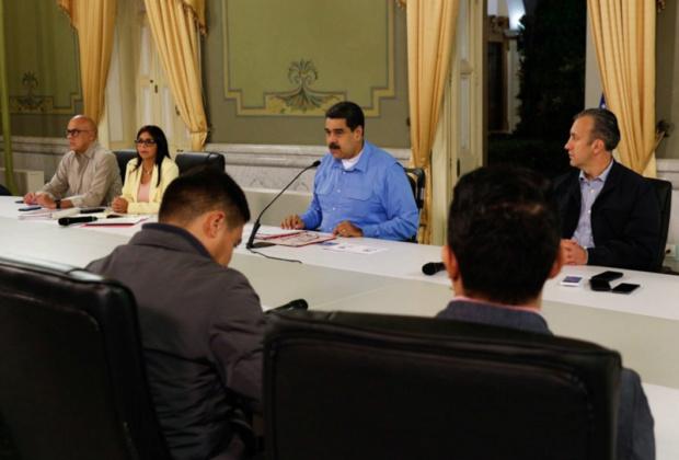 Presidente Maduro ordenó activación de puente aéreo para el retorno de venezolanos emigrantes Maduro13