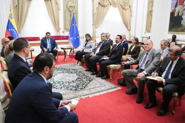 Embajadores y encargados de negocios de la Unión Europea se reunieron con el Presidente Maduro