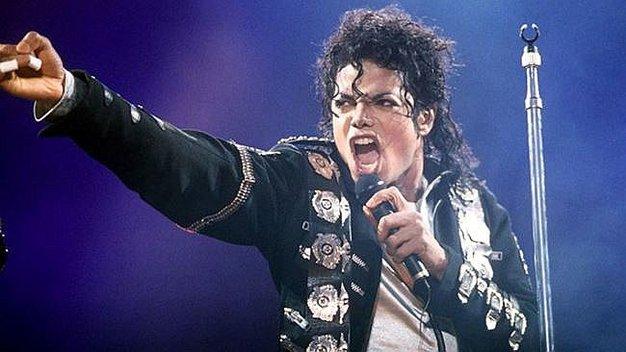 El Rey del Pop: Lanzan nuevo videoclip del Michael Jackson tras 9 años de su muerte Michae10