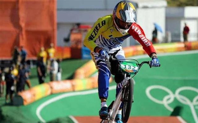 Ciclista Milano se colgó el oro en BMX de Centroamericanos y del Caribe Milano10