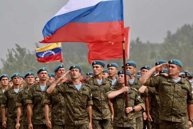 Especialistas militares rusos en Venezuela