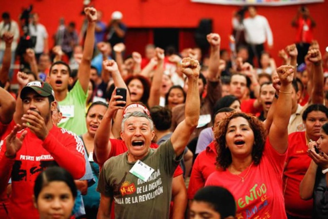 Militantes chavistas avanzan en elección de delegados territoriales al IV Congreso del PSUV Mirafl10