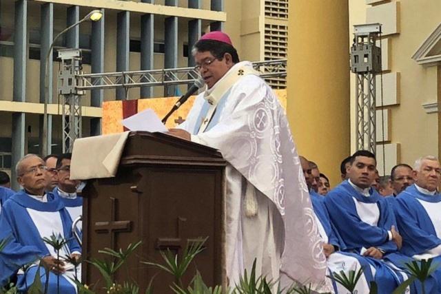 Monseñor José Luis Azuaje